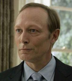 Viktor Petrov - Lars Mikkelsen