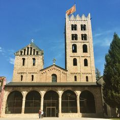 #Ripoll #monastery #mapassionacatalunya #catalunya #catalonia #descobreixcatalunya #awesome_shots #awesome #doubletap #l4l #follow #followme #iPhoneography #catalunyaexperience #iPhoneOnly #follow4follow #iger #igers #Igdaily #igerscatalunya #cool #winter #ig_europe #travel #beautiful #world_great @ig_catalonia @loves_catalunya @loves_world  @descobreixcatalunya @world_great #spring #church #clickcat
