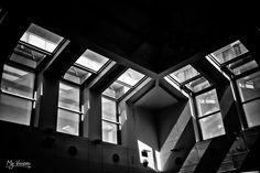 Juego de luces y sombras - Juego de luces y sombras Serie: Zaragotham Fotografía y edición: Marifé Castejón (My Visions) Ayudante: Kino Harkonnen