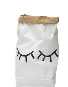 Closed eye paper bag for storage