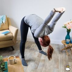 Trapped Gas: 10 Stretches That Can Help You Pass Wind Quickly Relieve Gas Pains, Relieve Gas And Bloating, How To Relieve Stress, Trapped Gas, Gas Relief, Knee Up, Grow Bags, Back Muscles