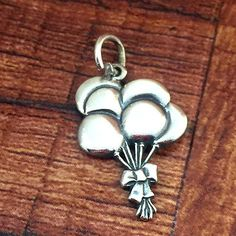 Retired James Avery Bunch of Balloons Charm Pendant 925 Sterling Silver Rare