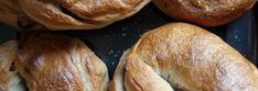 Cinnamon-Raisin Bagels {Vegan} – The Wordy Baker Breakfast Bake, Breakfast Recipes, Sesame Seed Bagels, Cinnamon Raisin Bagel, New York Bagel, Bagel Recipe, Bread, Vegan, Food