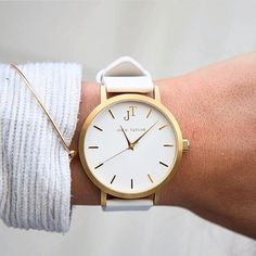 THE WHITEHAVEN gold and white minimal watch style. Perfect accessory wrist candy unisex watches. Australian brand.
