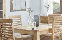 Drewno w jadalni to dobry pomysł. Tym razem zainspirował nas Belbazaar.