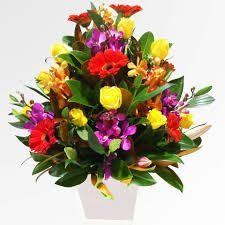 > www.scentimentsflowers.com how to make a flower arrangement easily for some…