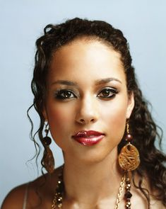 London, July 2 : Singer Alicia Keys who has eight-month-old son Egypt ...800 x 1003 | 680.8 KB | www.topnews.in