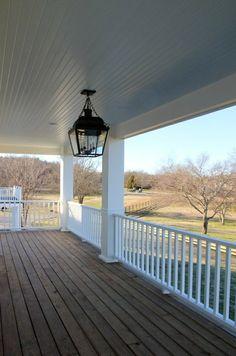 amerikanische holzhäuser mit vorbau holz-terrasse einrichten