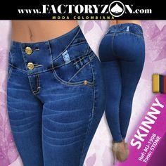 """Jeans Skinny color azul Stone, con costuras en contraste, pretina ancha, doble botón, cierre metálico, detalles con lasser en pretina.  El corte de """"Butt lifter"""" ayuda por medio de una tecnología especial a juntar caderas y levantar las pompas de una forma instantánea por medio de pinzas que dan un toque estético al cuerpo femenino. Cute Jeans, Denim Jeans, Skinny Jeans, Best Jeans, Clothing Co, Color Azul, High Waist Jeans, Blue Denim, Womens Fashion"""