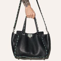 Discover the latest in designer apparel and accessories by legendary Italian fashion designer Valentino Garavani. Shop now at the official Valentino Online Boutique. Lux Fashion, Fashion 2016, Valentino Garavani Bag, Rockn Roll, Turquoise Stone, Handbag Accessories, Tote Handbags, Luxury Branding, Antique Silver