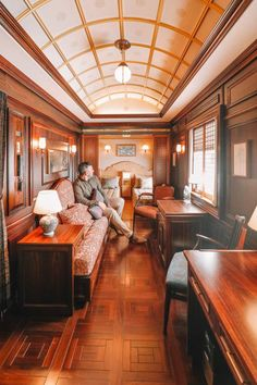 Seven Stars In Kyushu – One Of The Most Luxurious Train Journeys In The World - Travel Inspiration By Train, Train Car, Train Tracks, Train Rides, Train Trip, Europe Travel Tips, Travel Destinations, Traveling Europe, Backpacking Europe