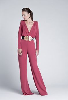 tute cerimonia Eye Makeup eye makeup with green dress Jumpsuit Elegante, Fashion In, Fashion Design, Rose Fushia, Cocktail Outfit, Casual Outfits, Cute Outfits, Vogue, Elegant Outfit