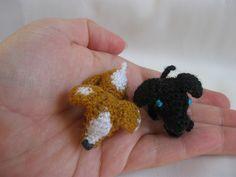 very tiny amigurumi dogs - free pattern