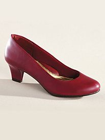 Step into the comfort of these classic leather pumps ~ Soft Style® A Hush Puppies® Company by Bedford Fair
