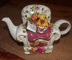 Old Country Roses by Royal Albert.for the love of roses. The perfect gift for the gal who hates to see flowers wither away. Color Television, Rose Vase, Afternoon Nap, Ceramic Animals, Take A Nap, Oclock, Toy Store, Tea Set, Clutter