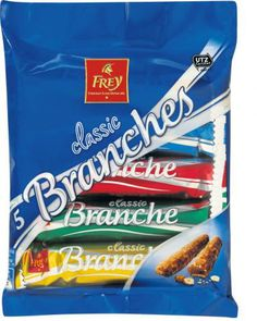 Chocolat Frey Branches classic aus der Migros - oh, I miss these! Albanian Culture, A Food, Good Food, Swiss Miss, Group Meals, Switzerland, Favorite Recipes, Candy Bars, Chocolate