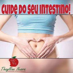 Meta 11 - Cuide do seu intestino Independente do seu objetivo cuidar do intestino é tão essencial como cuidar do corpo e mente. Tudo começa no intestino. Se ele vive travado a absorção de nutrientes fica comprometida assim como a síntese de serotonina (lembra?) deixando você ansiosa(o) irritada(o) e dificulta o processo de emagrecimento. Para o intestino funcionar bem a dica e investir em alimentos como pães bolachas cereais sempre integrais pois são ricos em fibras que contribuem para o bom…