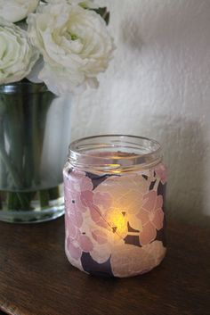 Cute idea.  Makes me wish I saved some baby food jars for tealight holders