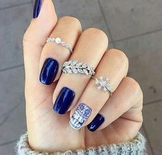 Blue and white nails, Drawings on nails, Everyday nails, Glossy nails, Ideas of winter nails, Medium nails, Nails ideas 2016, Nails with stickers