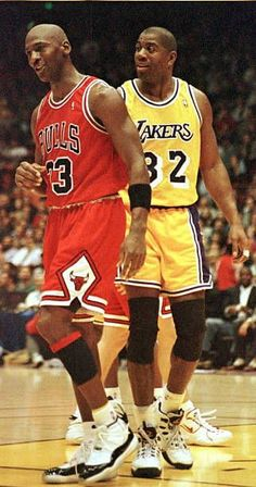 Los Angeles Lakers Earvin 'Magic' Johnson and Michael Jordan of the. Nba Pictures, Basketball Pictures, Love And Basketball, Sports Basketball, Basketball Players, Magic Johnson, Los Angeles Lakers, Showtime Lakers, Michael Jordan Pictures