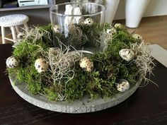 – Dekoration – around the fabric … - Ostern Easter Flower Arrangements, Easter Flowers, Diy Flowers, Spring Flowers, Easter Traditions, Deco Floral, Diy Décoration, How To Preserve Flowers, Easter Wreaths