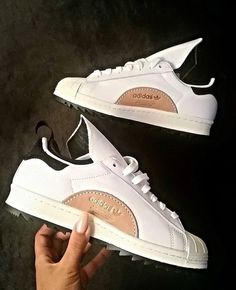 size 40 22de8 6abdf CHEYENNE KARIS Adidas Sneakers, White Sneakers, Shoes Sneakers, Black Adidas,  Buy Shoes