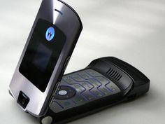 Motorola pode ressuscitar os celulares V3