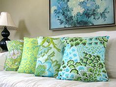 Tutorial: Envelope-Back Pillow Cover by Melanie O'Brien of A Sewing Journal by Stumbles & Stitches, via Flickr