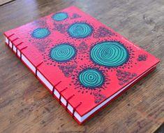 Vanilandia - encuadernación artesanal Journal Covers, Book Binding, Book Making, Zentangle, Mandala, Stationery, Doodles, Dots, Diy Projects