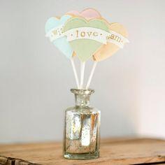 Hochzeitskekse als Gastgeschenk oder Tischdeko von Nila Holden   Hochzeitsblog The Little Wedding Corner