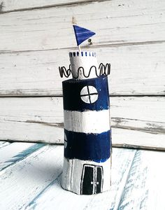 Decorative Objects Maritime Decoration Lighthouse a unique product by melkey on DaWanda Beach Crafts, Diy And Crafts, Lighthouse Art, Driftwood Crafts, Reclaimed Barn Wood, Nautical Fashion, Decorative Objects, Handicraft, Diy For Kids