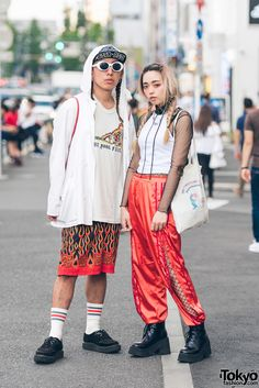 Kenji (left, model, choreographer) & Urumi (shop staff, model) | 23 September 2017 | #couples #Fashion #Harajuku (原宿) #Shibuya (渋谷) #Tokyo (東京) Japanese Street Fashion, Tokyo Fashion, Fashion News, Fashion Models, Fashion Beauty, Fashion Trends, Tokyo Street Style, Tokyo Style, Tokyo Streets