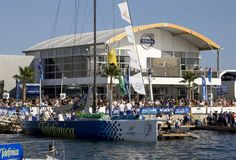 Macht sich gut unsere Doppelstock-Zelthalle, die Emperor, beim Volvo Ocean Race. Sportlich-Elegant, könnte man sagen.