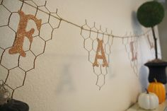 A Diamond in the Stuff: Fall Chicken Wire Banner
