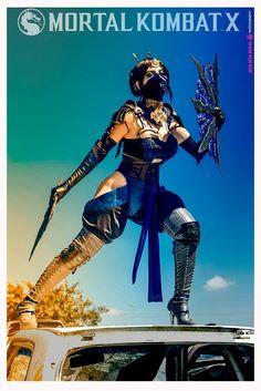 Jutsukino as Kitana from Mortal Kombat X Mortal Kombat Costumes, Mortal Kombat Cosplay, Kitana Mortal Kombat, Mortal Kombat Art, Amazing Cosplay, Best Cosplay, Gi Joe, Comic Character, Game Character