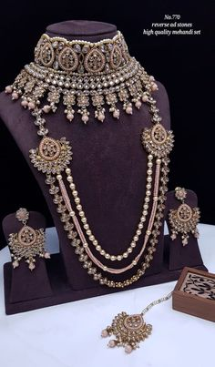 Rs4800+$ Restocked Minibridal set with reverse adstone mehendi plated Indian Bridal Photos, Indian Bridal Jewelry Sets, Indian Jewelry, Bridal Necklace Set, Bridal Earrings, Moissanite Earrings, Girls Jewelry, Jewelry Ideas, Fancy Jewellery