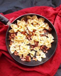 Ham, Sun-Dried Tomatoes and Walnut Pasta (3)
