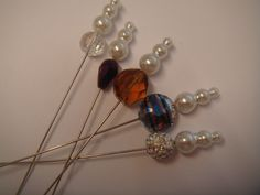 2B a collection of 5 crystal and pearl hat pins for hats, corsage or crafts  £2.95