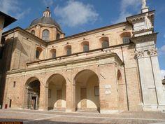 Visitare le Marche: Urbino, Duomo,Urbino, Marche, Italy , travel