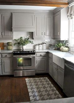 Nice 50+ Farmhouse Kitchen Cabinets Decorating Ideas On A Budget https://carribeanpic.com/50-farmhouse-kitchen-cabinets-decorating-ideas-budget/