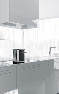 Marconato & Zappa for Comprex Minimal Kitchen, Open Kitchen, Zappa, Kitchen Styling, Home And Living, Minimalism, Kitchen Design, Nova, Kitchens
