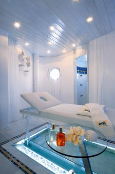 Massage room..