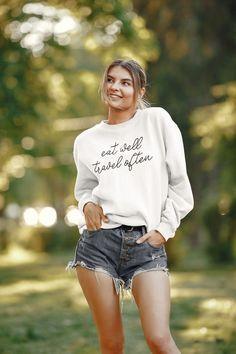 Eat Well Travel Often Sweatshirt, Travel Foodie Sweatshirt Bride Sweatshirt, Crew Neck Sweatshirt, Graphic Sweatshirt, Crewneck Sweater, Bridal Party Shirts, Wedding Shirts, Mom Shirts, Funny Shirts, Bridesmaid Shirts