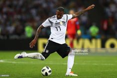 Manchester United made official enquiry for Bayern Munich centre-back Jerome Boateng Soccer World Cup 2018, Munich, Manchester United, Centre, The Unit, Football, Running, News, Sports