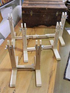 Titular de la Pendiente Soporte//doble pantalla colgador de madera de Roble árbol en hecho a mano