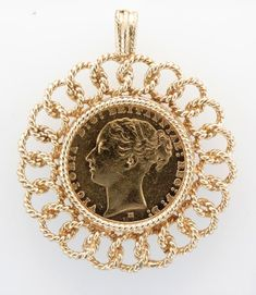 Gold Coin Necklace, Coin Jewelry, Glass Jewelry, Victorian Jewelry, Antique Jewelry, Gravure Metal, Jewelers Near Me, Coin Pendant, Gold Coins