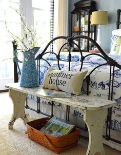 My French Country Hideaway Find great vintage antique finds at Ruby Lane rubylanecom French Country Bedrooms, French Country Cottage, French Country Style, Cottage Style, Vintage Country, Bedroom Country, Country Blue, Cottage Farmhouse, White Bedroom