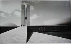 The Brasilia of Oscar Niemeyer seen by Lucien Hervé.