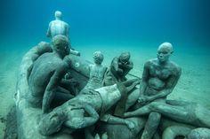 http://www.mymodernmet.com/profiles/blogs/jason-decaires-taylor-museo-atlantico