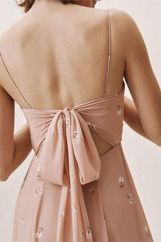 Kiara Dress Ditsy Floral Print Whipped Apricot in Occasion Dresses Dress Me Up, Occasion Dresses, Blouse Designs, Pretty Dresses, Korean Fashion, Cute Outfits, Black Dress Outfits, Fashion Dresses, Prom Dresses